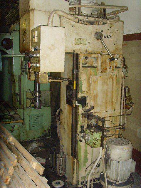 3К833 станок хонинговальный вертикальный (полуавтомат) для хонингования отверстий в гильзах, блоках, шатунах, двигателях